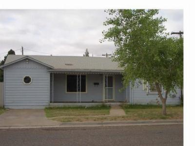 Portales NM Single Family Home For Sale: $59,999