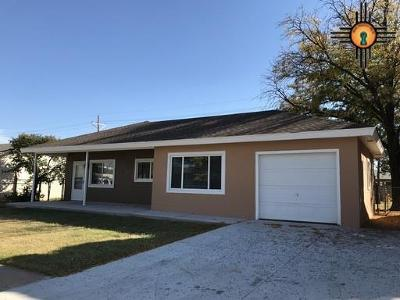 Clovis Single Family Home For Sale: 129 Manson Dr