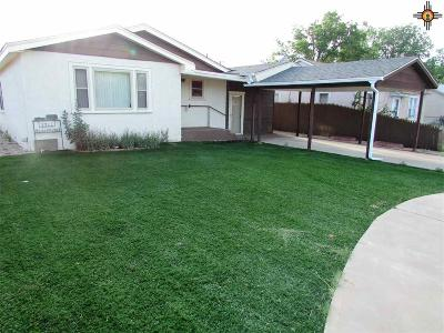 Portales Single Family Home For Sale: 1722 S Ave B