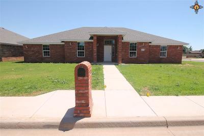 Clovis Single Family Home For Sale: 2401 Northglen
