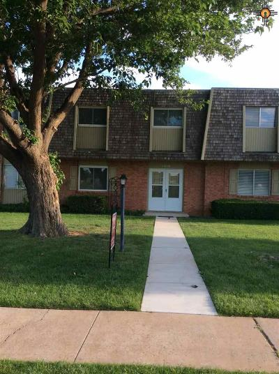Clovis Condo/Townhouse For Sale: 1275 Colonial Parkway