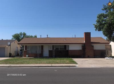 Hobbs NM Single Family Home For Sale: $129,000