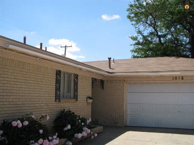 Clovis Single Family Home For Sale: 1016 W Kathie