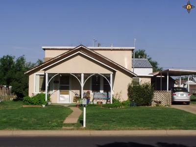 Clovis Single Family Home For Sale: 812 Sycamore