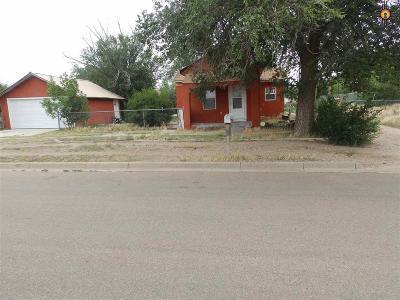 Clovis Single Family Home For Sale: 420 Merriwether