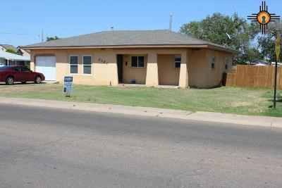 Clovis Single Family Home For Sale: 3121 Main St.