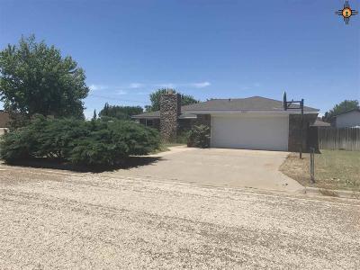 Clovis Single Family Home For Sale: 1500 Kingston Pl