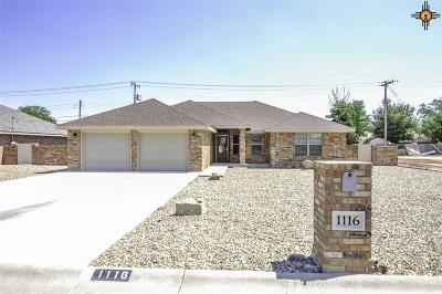 Portales Single Family Home For Sale: 1116 Aquarius