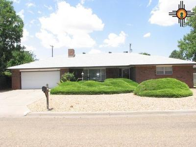 Clovis Single Family Home For Sale: 1200 Lexington Rd