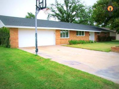 Lovington Single Family Home For Sale: 705 S 11th Street