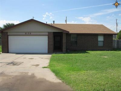 Portales Single Family Home For Sale: 2132 E Second Street