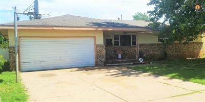 Clovis Single Family Home For Sale: 109 Yale St.