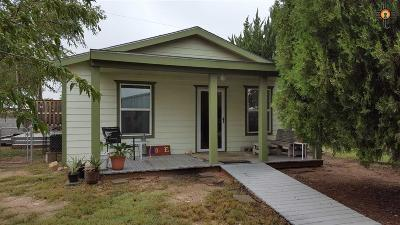 Hobbs Single Family Home Under Contract-Don't Show: 701 S Dal Paso