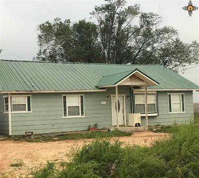 Portales Single Family Home For Sale: 2001 S Rr 2
