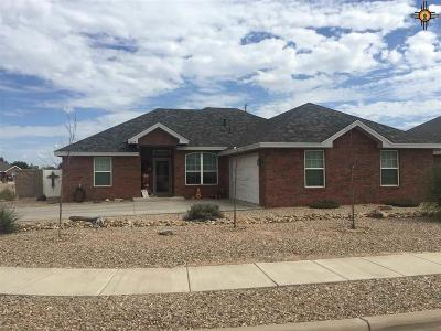 Portales Single Family Home For Sale: 2217 Boxwood Circle