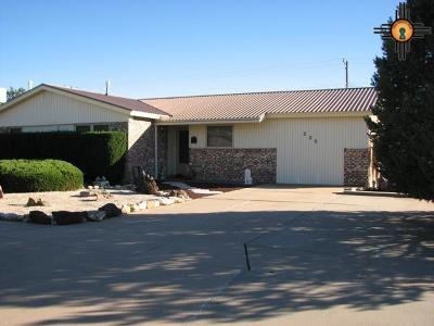 Clovis Single Family Home For Sale: 225 Circle Dr