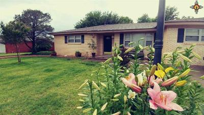 Clovis Single Family Home For Sale: 2716 Ross St.