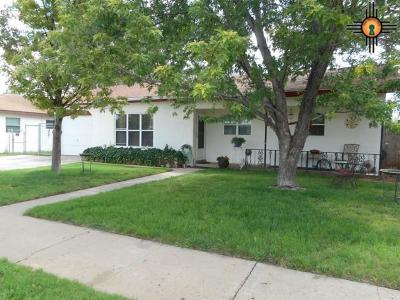 Clovis Single Family Home For Sale: 429 W Manana Blvd.