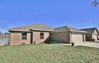 Clovis Single Family Home For Sale: 1717 Simmons
