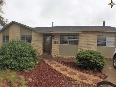 Clovis Single Family Home For Sale: 921 Fairmont