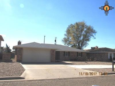 Clovis Single Family Home For Sale: 513 Rosewood