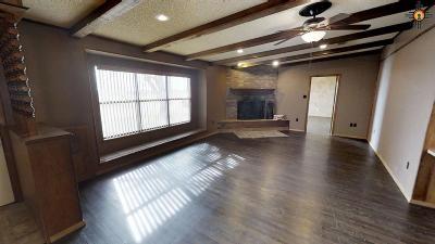 Clovis Single Family Home For Sale: 3400 W 21st St.