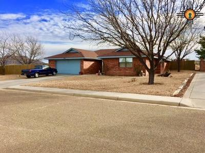 Tucumcari Single Family Home For Sale: 702 Mesquite Ave