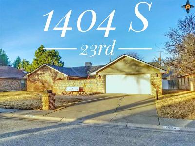 Single Family Home For Sale: 1404 S 23rd