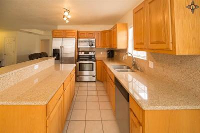 Clovis Single Family Home For Sale: 2320 Jadyn