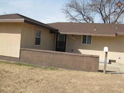 Hobbs NM Single Family Home For Sale: $128,000
