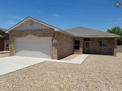 Portales Single Family Home For Sale: 1828 Dillon Wood