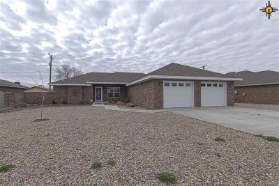Portales Single Family Home For Sale: 1132 Aquarius Dr