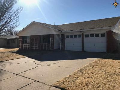 Clovis Single Family Home For Sale: 604 Sunland