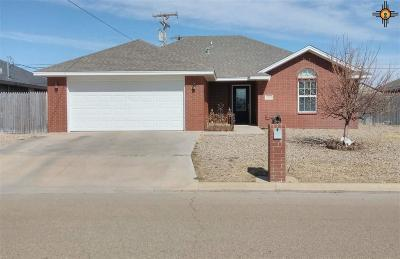 Portales Single Family Home For Sale: 2113 Hayes