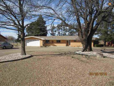 Clovis Single Family Home For Sale: 1208 E 21st St.