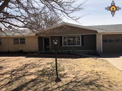 Portales NM Single Family Home For Sale: $111,000