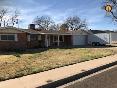 Hobbs NM Single Family Home For Sale: $182,500