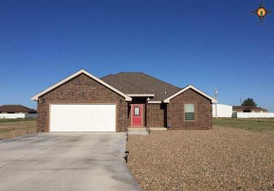Portales Single Family Home For Sale: 140 Crest Pointe