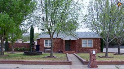 Artesia Single Family Home For Sale: 511 W Washington