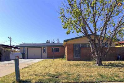 Clovis Single Family Home For Sale: 145 E Yucca