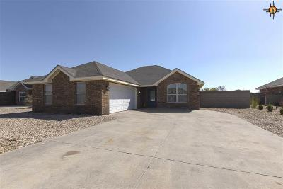 Portales Single Family Home For Sale: 2207 W Beech