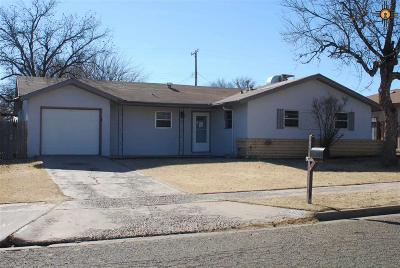 Clovis Single Family Home For Sale: 605 W 19th