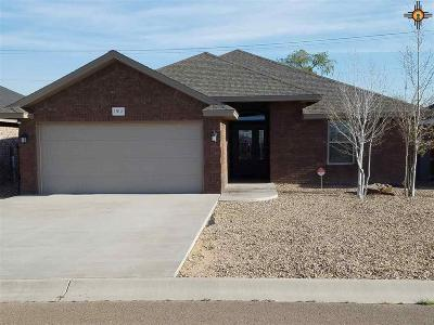 Portales Single Family Home For Sale: 1912 Dillon Wood
