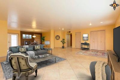 Clovis Single Family Home For Sale: 912 John Doe