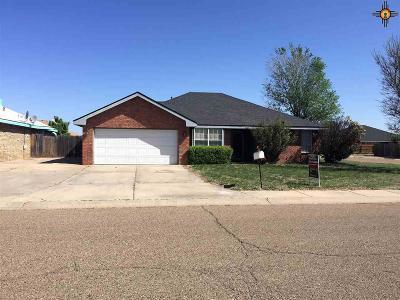 Clovis Single Family Home For Sale: 2232 Country Meadows