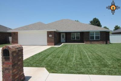 Clovis Single Family Home For Sale: 116 Garrett