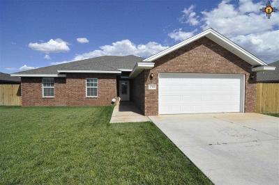 Clovis Single Family Home For Sale: 1709 Tiffani