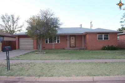 Clovis Single Family Home For Sale: 816 Plains