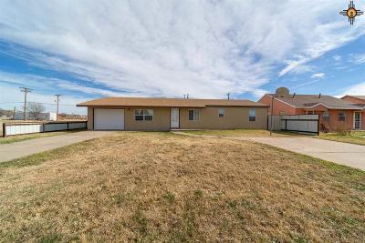 Clovis NM Single Family Home For Sale: $97,500