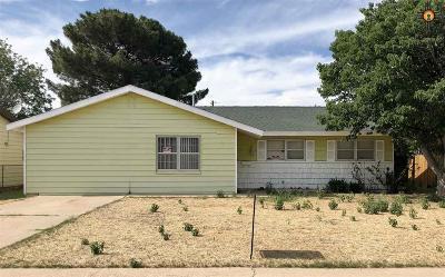 Lovington Single Family Home For Sale: 1524 W Tyler